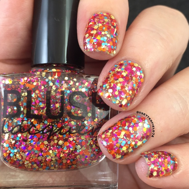 September 2016 snacks on rotation full of red orange pink gold and blue holo glitters this polish can be used as a topper or as a stand alone full coverage shade when sponged on which solutioingenieria Images