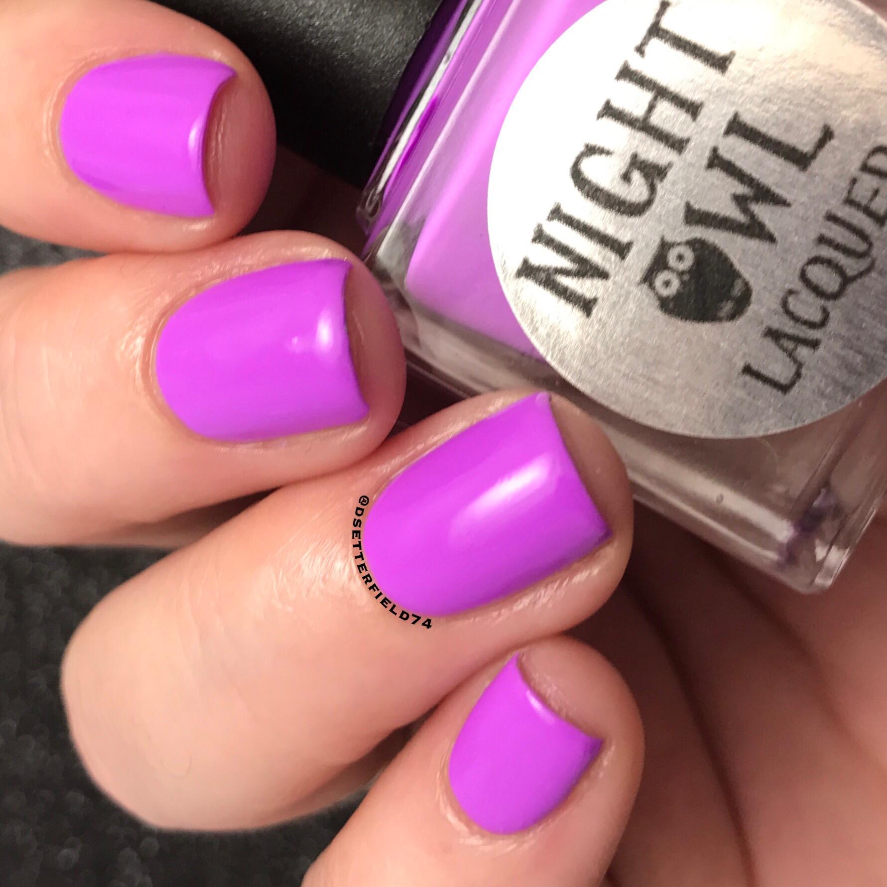 neon nail polish | Snacks On Rotation