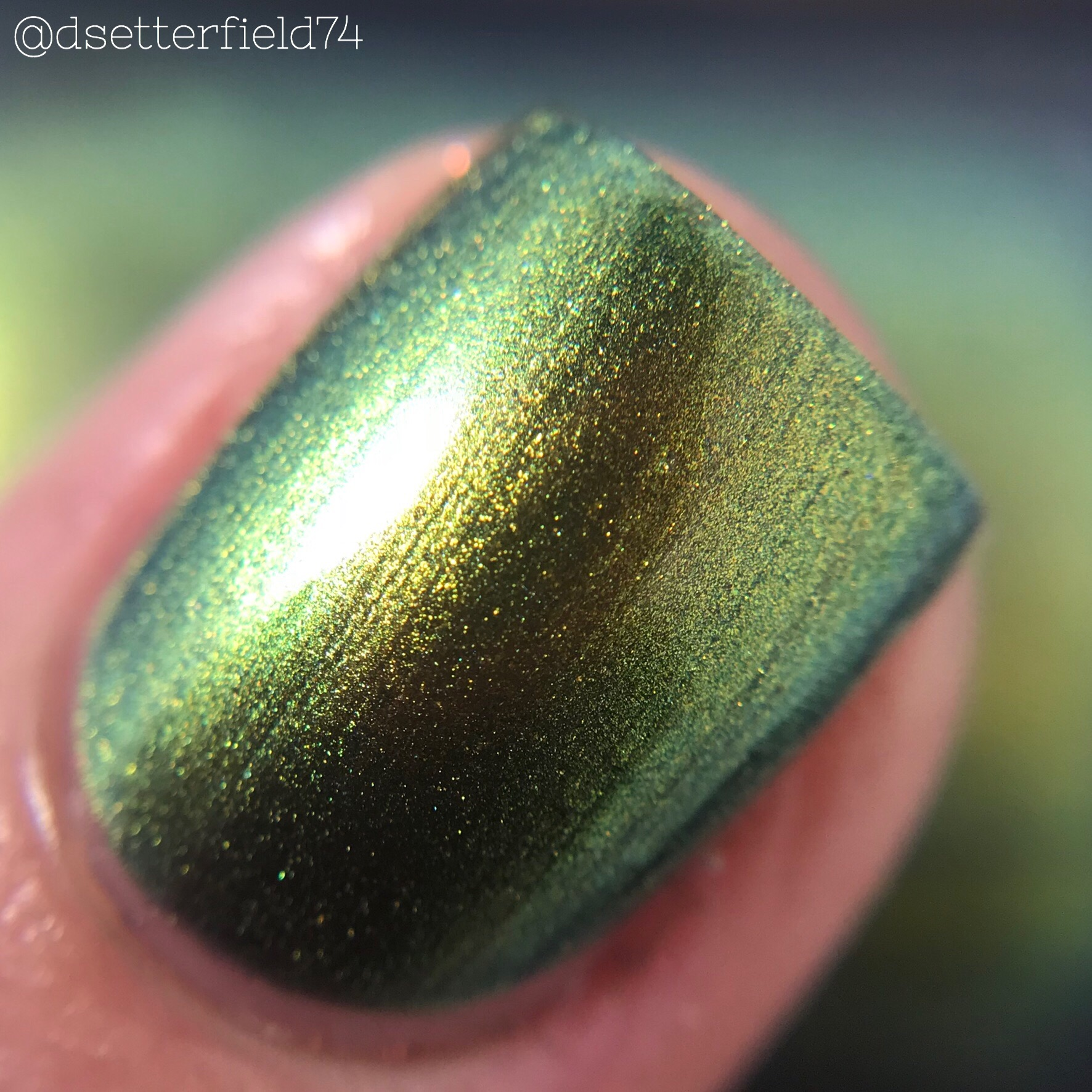 Anchor & Heart Lacquer: Mining for Multichromes | Snacks On Rotation